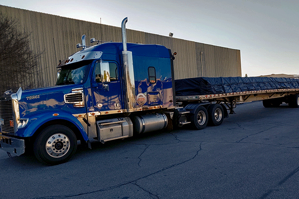 flatbed-freight-with-tarps
