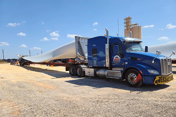 Wind-turbine-blade-trailer