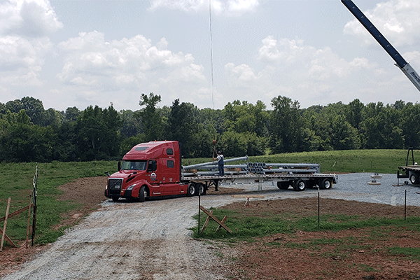 flatbed-trailer-crane-loading