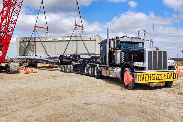 Oversized-freight-crane-loaded