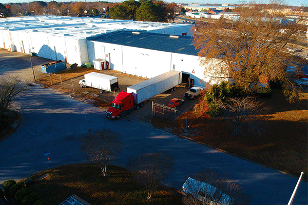 dry-van-freight-at-loading-dock