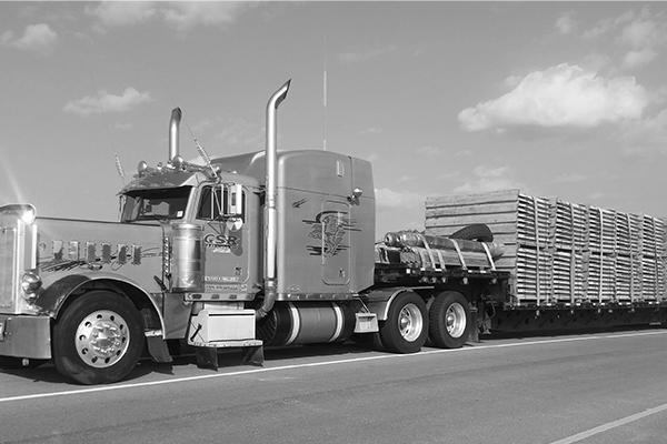 step deck freight shipment