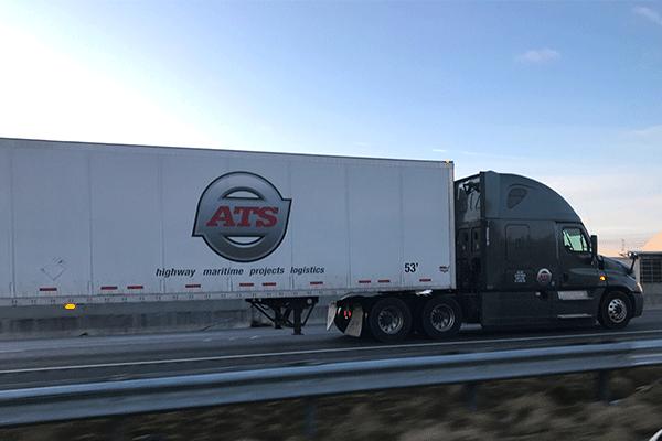 semi-trucking-in-transit