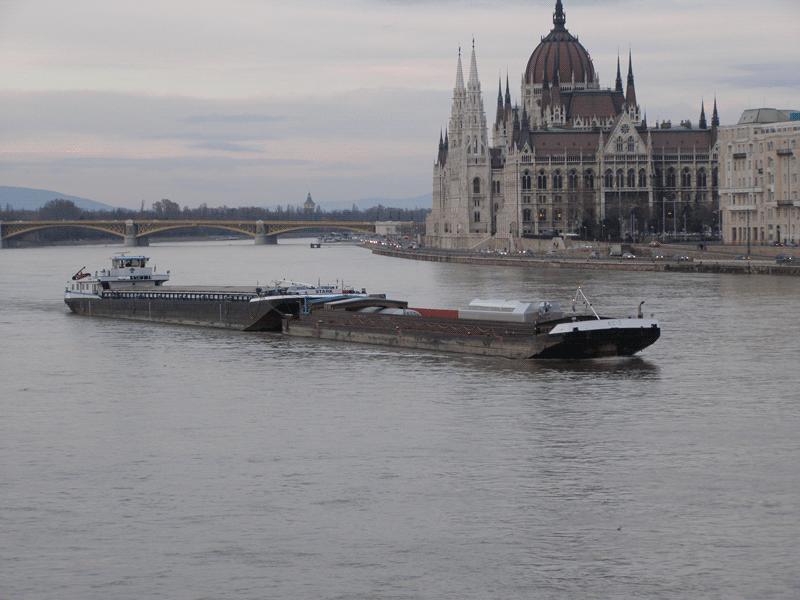 Vessel-Sailing