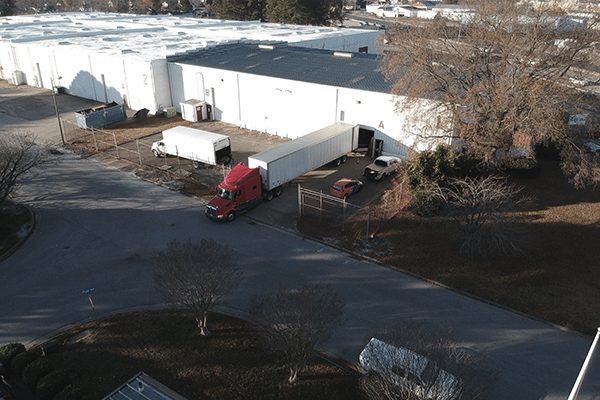dry van semi shipment at loading dock