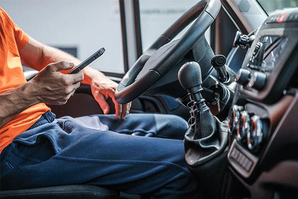 Truck driver logging progress on a mobile application